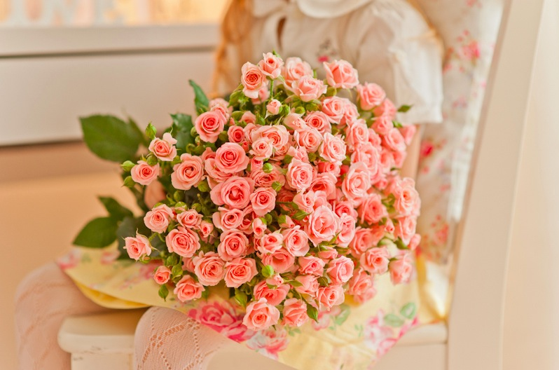 Pictures of Roses : With Attached Beauty And Meanings