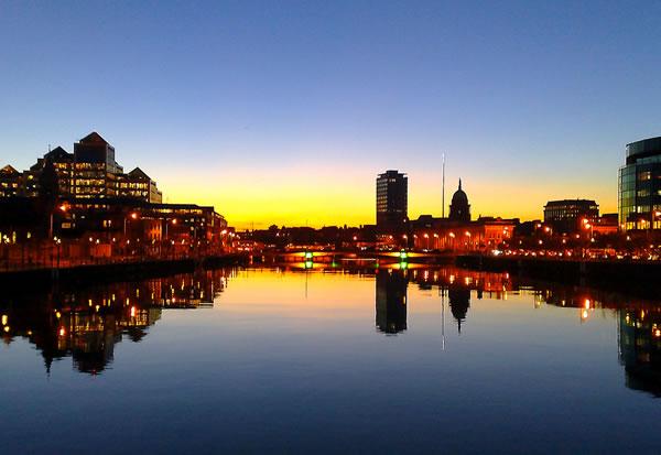Liffey Sunset a la Nokia – Dublin, Ireland