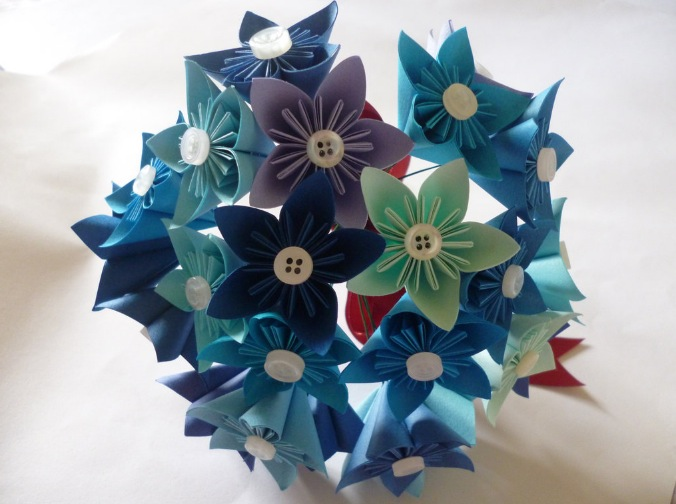 Blue kusudama flower bouquet – Cool Digital Photography