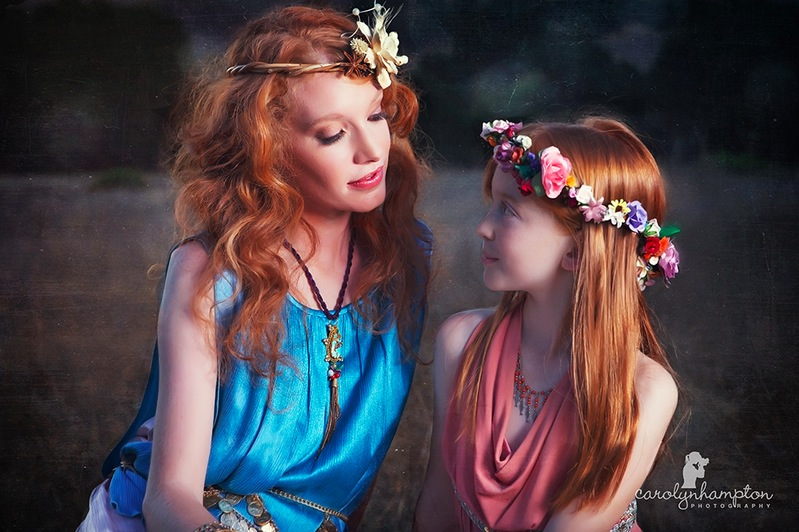 Demeter and Persephone – Cool Digital Photography: cooldigitalphotography.com/27-lovely-mother-and-daughter-photo...