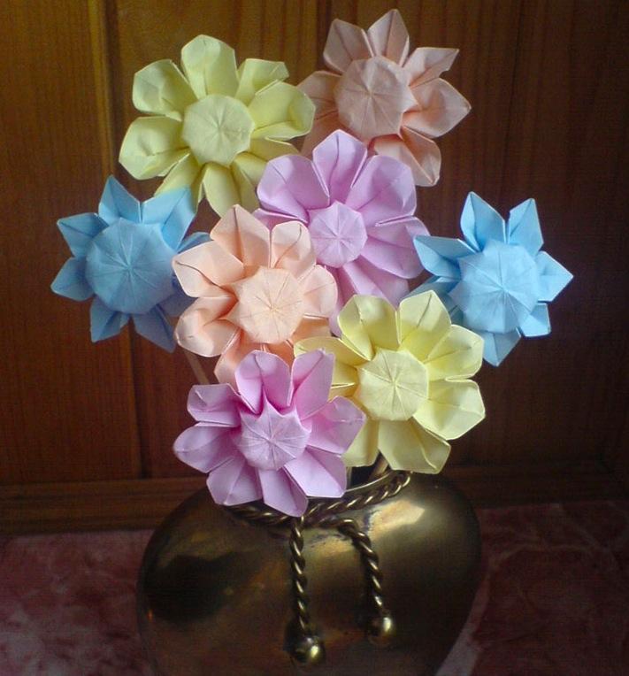 Origami bouquet colors