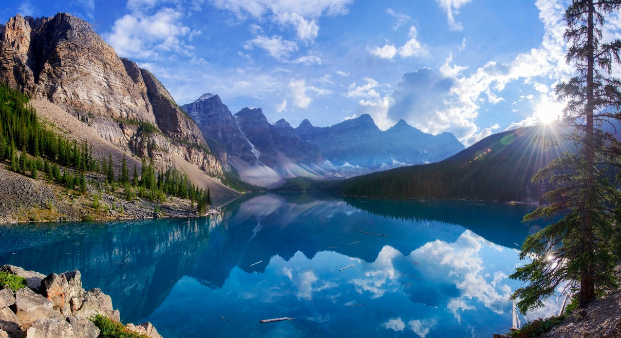 Spectacular Moraine Lake, Alberta   Cool Digital Photography: cooldigitalphotography.com/best-nature-pictures-of-the-week-august...
